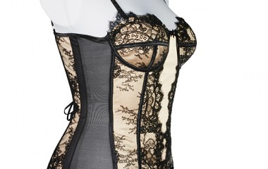 Torso support girdle with French lace